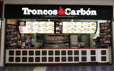 Troncos y Carbon